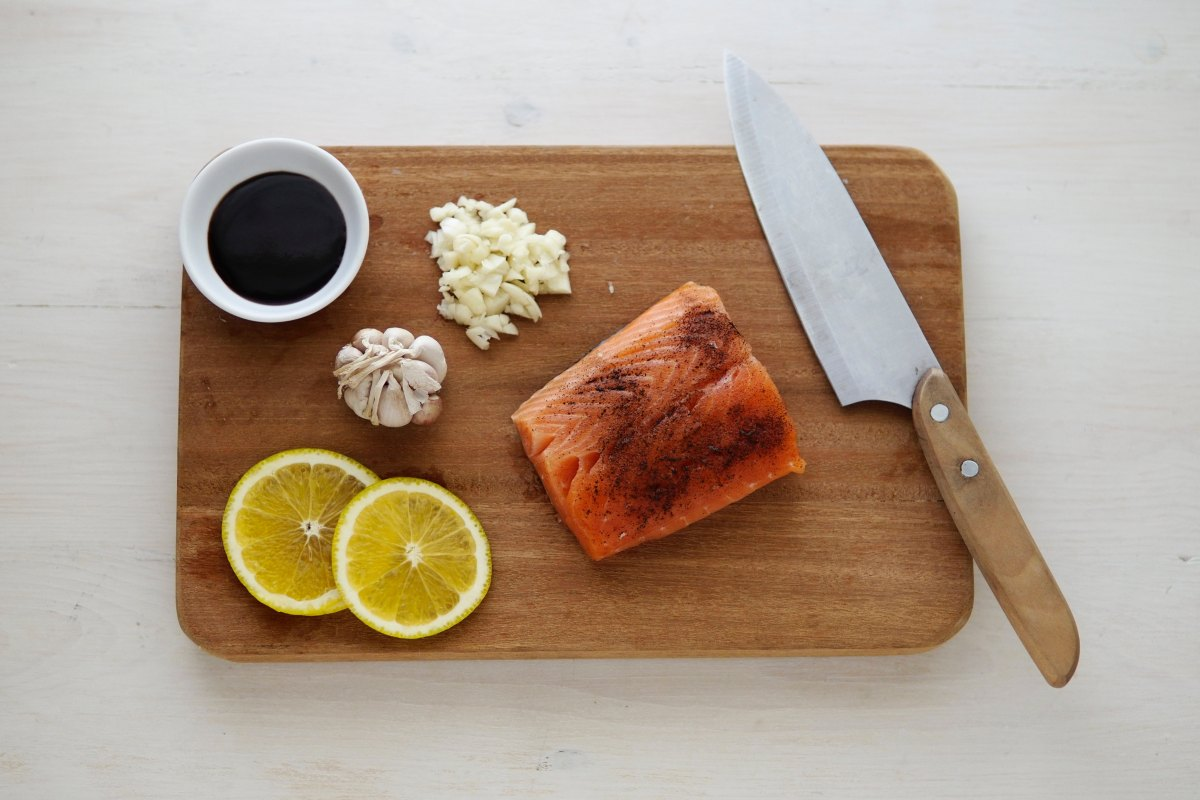 Lemon and Grapefruit Grilled Salmon